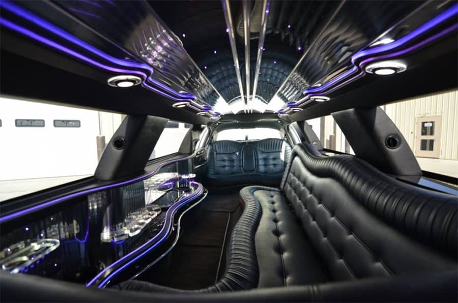 lincoln towncar stretch limo - inside